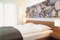 hotel bed linen
